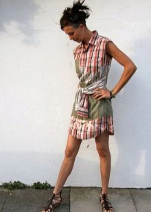 Короткое платье  из мужской рубашки