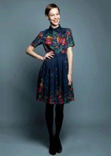 Платье из павлопосадских платков с воротником