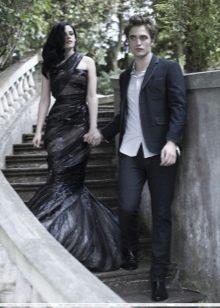 Платье из мусорного пакета