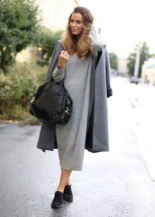 Пальто к длинному платью-мешок