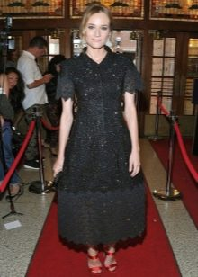 Черное длинное вечернее платье с юбкой колокол