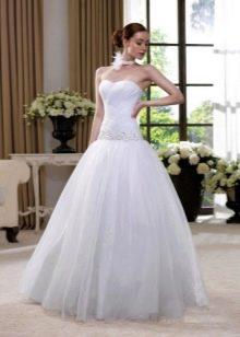 Свадебное платье с заниженной талией с юбкой из органзы