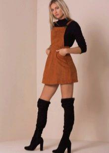 Бархатное платье-сарафан