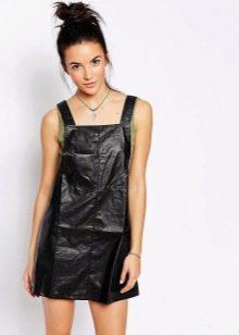 Кожаное короткое платье-сарафан