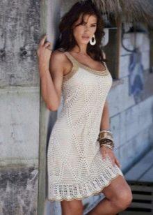 Летнее вязаное платье-сарафан