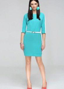 Шерстяное платье с аксессуарами