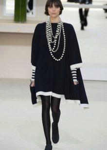 Шерстяное платье-туника от Шанель