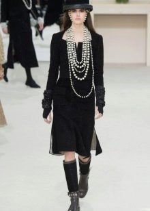 Твидовое платье от Коко Шанель