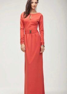 Шерстяное платье длинное