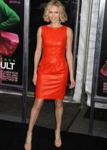 Платье из экокожи оранжевое
