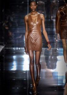 Платье из экокожи коричневое короткое