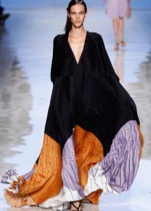 Платье-балахон из крепдешина черное