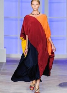 Платье-балахон из крепдешина в пол
