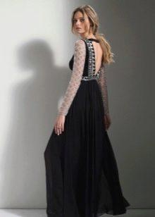 Черное платье с открытой спиной в пол
