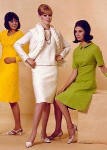 Обувь к платьям в стиле 60-х - босоножки и туфли на низком каблуке