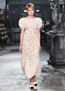 Платье в стиле ампир с пышным рукавом