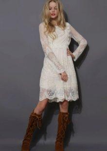 Платье  в стиле ретро кружевное короткое