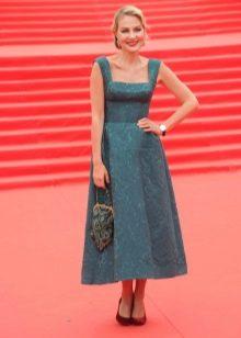 Рината Литвинова в ретро платье