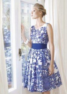 Платье  в стиле ретро образ