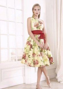 Платье  в стиле ретро на выпускной пышное
