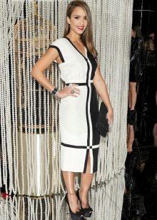 Черно-белое платье в стиле Шанель