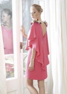 Платье в стиле ретро с открытой спиной
