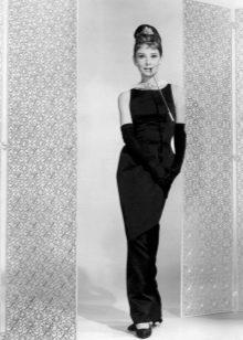 Платье в стиле ретро маленькое черное