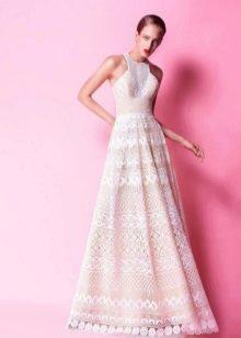 Приталенное  платье кружевное а-силуэта