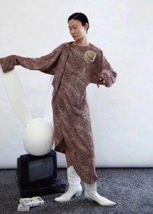 Зимнее платье трикотажное асимметричное