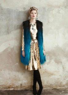Зимнее платье короткое