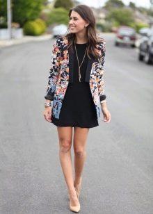 Пиджак к черному платью