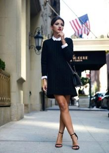 Рубашка к черному платью-свитеру