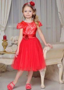 платье А-силуэта для девочек 6-8 лет