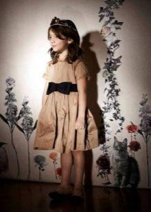 Бежевое платье для девочек 6-8 лет