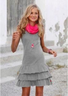 Короткое платье с воланами для девочек 12-14 лет
