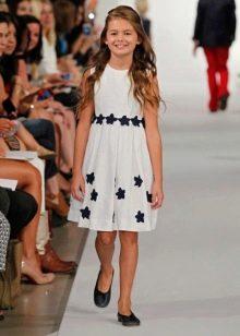 Летнее платье а-силуэта для девочки 5-8 лет