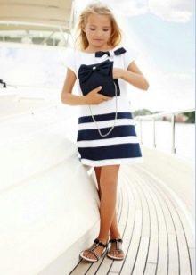 Летнее платье для девочки в морском стиле белое в полоску