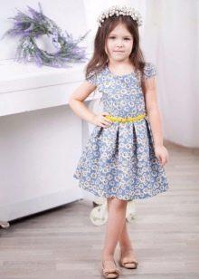 Летнее платье для девочек до колен