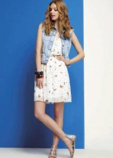Летнее простое платье для девочек 12-14 лет