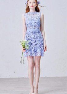 Модное кружевное платье сезона весна-лето 2016 года
