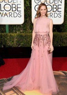 Модное длинное розовое платье 2016 года