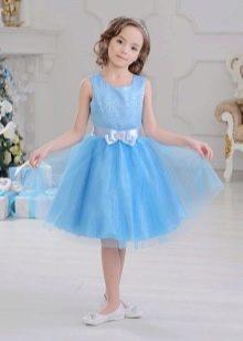 Нарядное пышное голубое платье для девочки