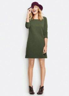 платье из зеленого футера
