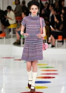 платье из цветного твида