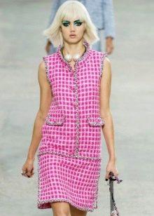 платье из розового твида