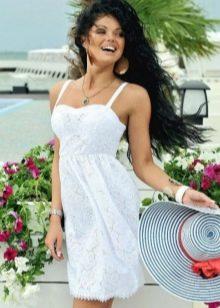 пляжное платье из батиста
