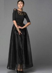 черное платье с юбкой из органзы