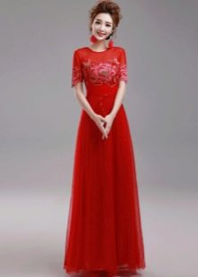 красное платье из органзы в пол