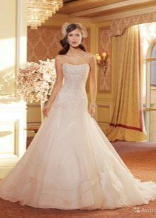 изысканное свадебное платье из органзы