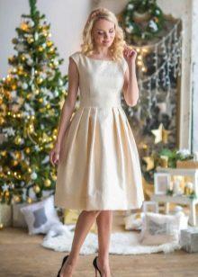 праздничное платье из парчи